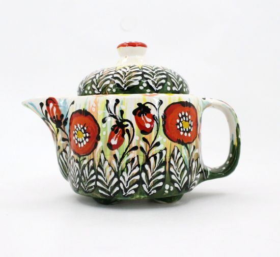 Lovely ceramic teapot painted with poppies