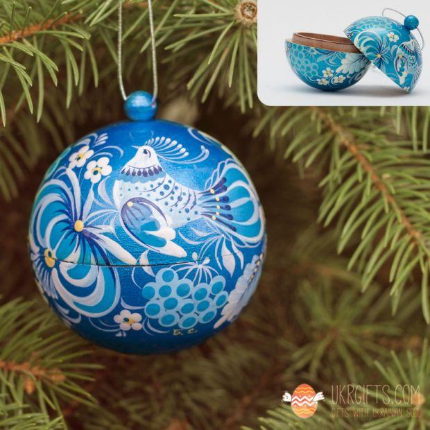 Silbere Handbemalte Weihnachtsbaumkugel mit feiner Malerei
