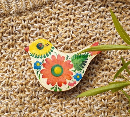 Brosche-Vogel aus Holz mit Blumenmuster