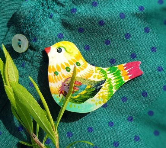 Wooden pin Bird, hand painted brooch