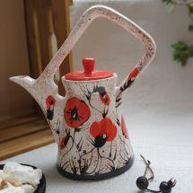 """Originelle Teekanne """"Mohn im Schnee"""" von Hand bemalt"""