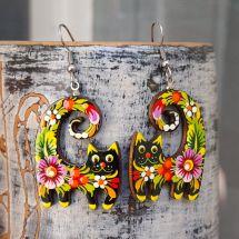 Lustige Katzen - Ohrringe aus Holz, handbemalt mit Blumenmuster
