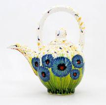 Teapot wilth cornflowers