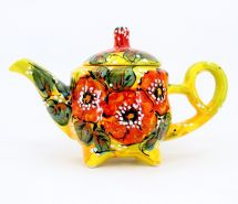 Design teapot made of clay, hand-painted