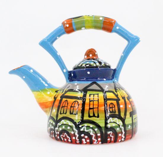 Bunte Keramik-Teekanne mit Häusschenmotiven