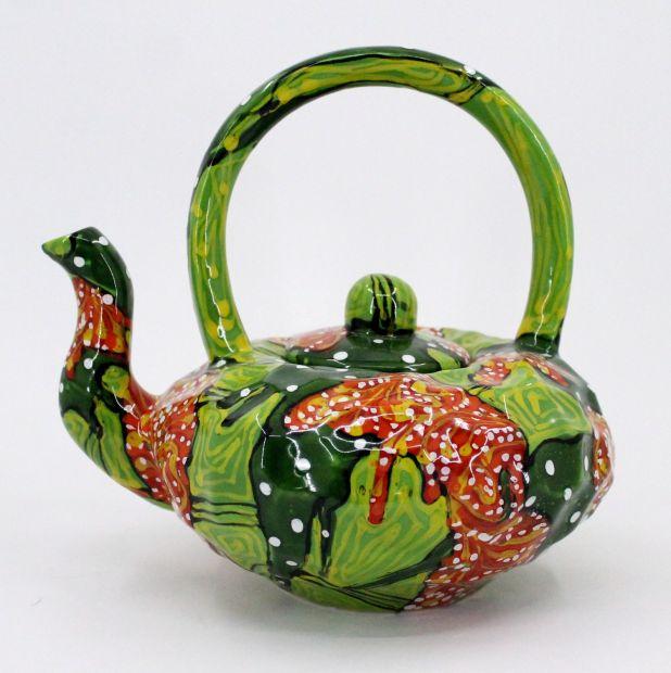 Originelle Teekanne aus Keramik, handbemalt