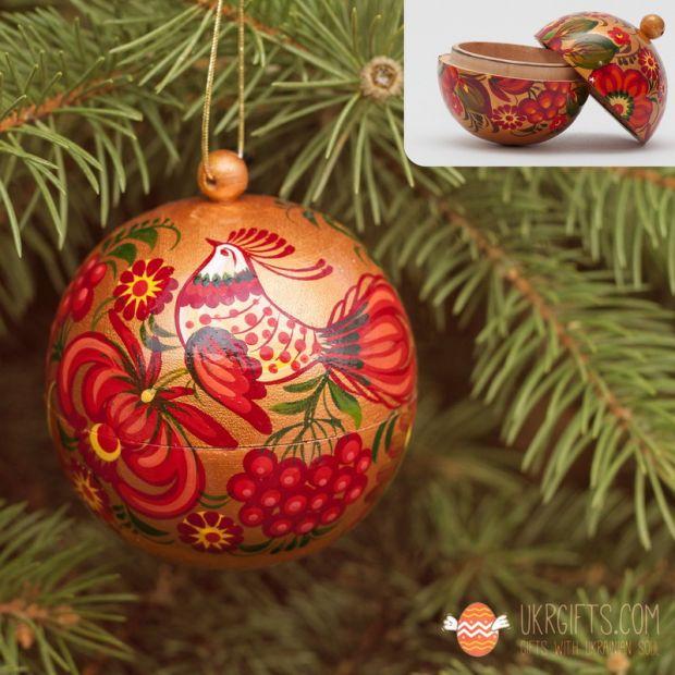 Елочный шар и шкатулка золотого цвета с Петриковской росписью (08)