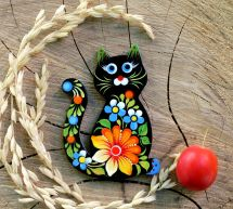 Funny cat - hand-painted wooden fridge magnet