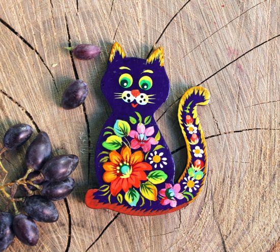 Zartbemalte Katze - Kühlschrankmagnet aus Holz