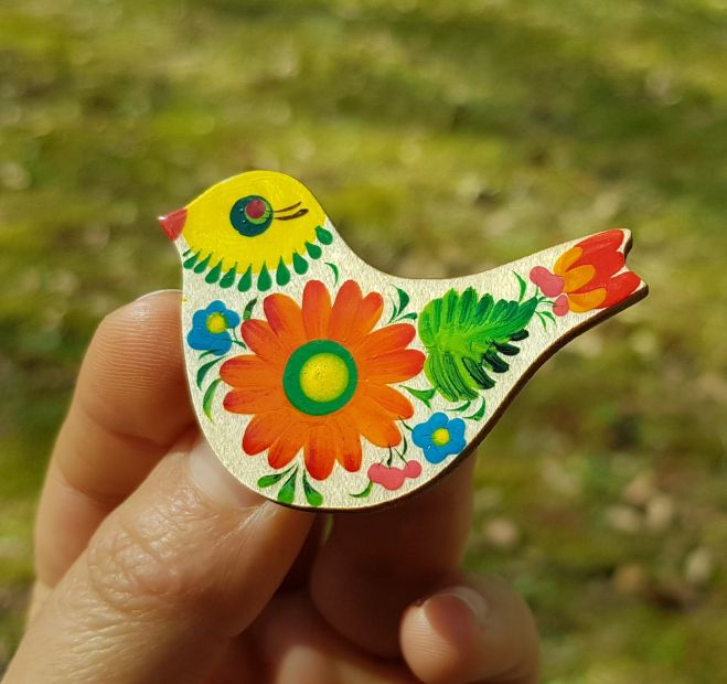 Brooche Bird, made of wood and painted in Ukraine
