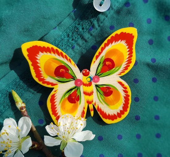 Wooden pin Butterfly, hand painted in traditional ukrainian style