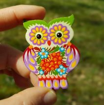 Folk-Style Fashion brooche owl, made of wood and painted by hand