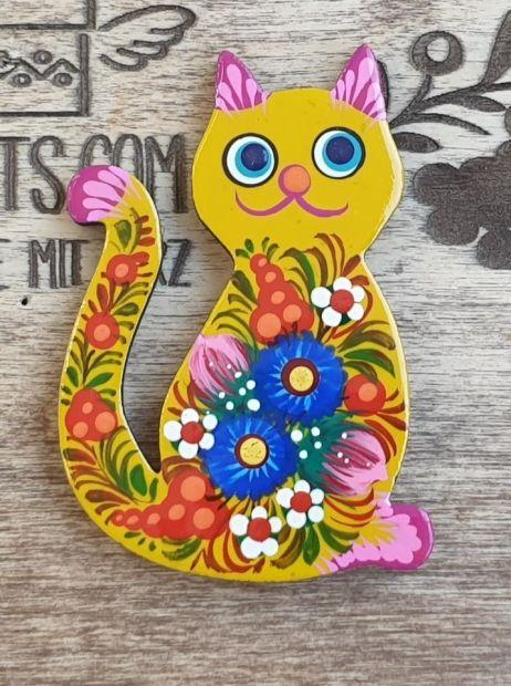 Cat handmade fridge magnet, pretty gift for cat lovers, ukrainian painting
