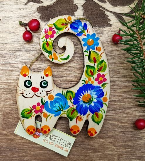 Kitty cat christmas ornament, handmade of wood, gift idea for cat lovers