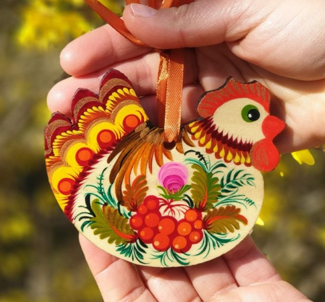 Ukrainian handpainted Easter ornament - Chicken - Petrykivka painting