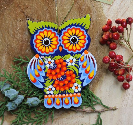 Owl Christmas tree decorations made of wood, funny animals