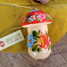 Fly agaric Christmas ornament and small box for gifts, hand painted