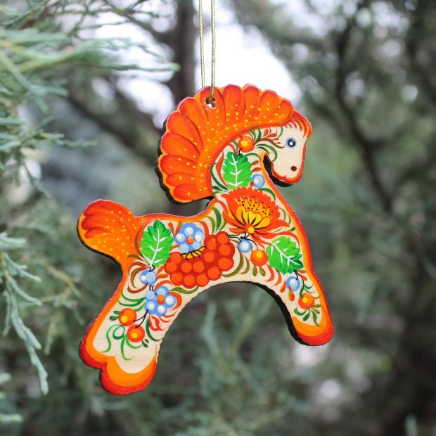 Christmas ornaments horse made of wood, gentle hand-painted