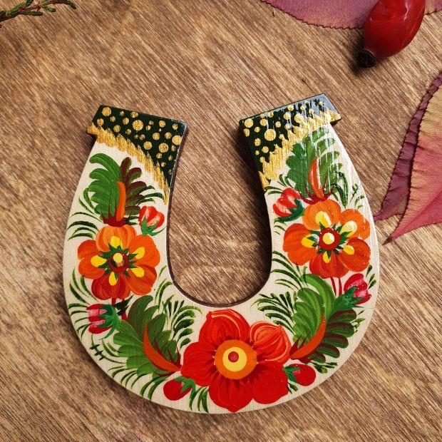 Lucky symbol horseshoe magnet, Ukrainian handicrafts