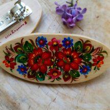Folkloristisch bemalte Haarspange aus Holz mit Blumenmuster - origineller Haarschmuck