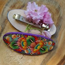 Schöne Haarspange aus Holz mit Blumenmuster - origineller Haarschmuck