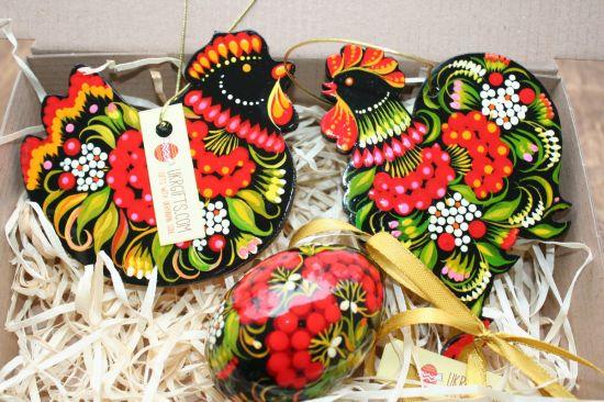 Origineller Osterschmuck Set aus Holz-Huh, Hahn, Osterei-traditionelles Kunsthandwerk