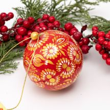 Wooden hand painted Christmas balls to open, red and gold, 7.5cm