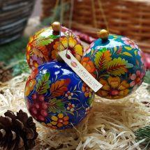 Handbemalte große Weihnachtskugeln aus Holz, Set mit 3 St., 8 cm