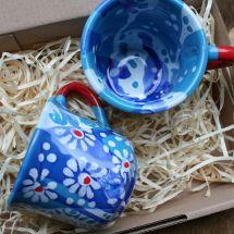 Originelle Kaffeetassen aus Ton mit blauem Muster -handbemalt