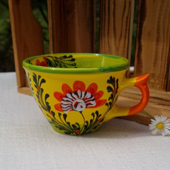 Lustige Teetasse 0.5 L mit Blumenmuster - handbemalt