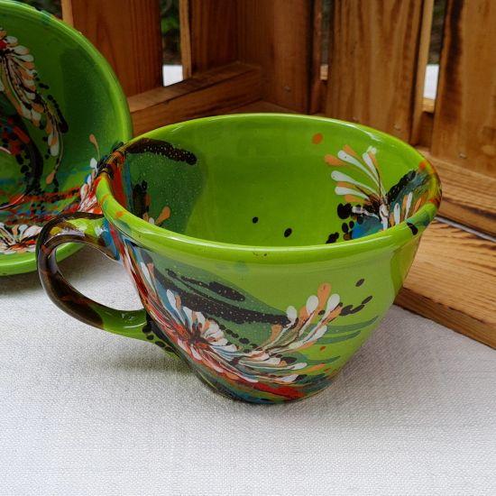 Originelle  grüne Tasse 0.5 L aus Keramik - handbemalt