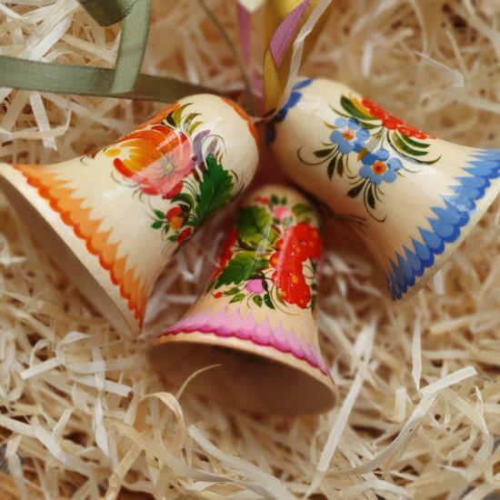 Glöckchen aus Holz mit traditionellem Blumenmuster, Set, traditionelles Kunsthandwerk
