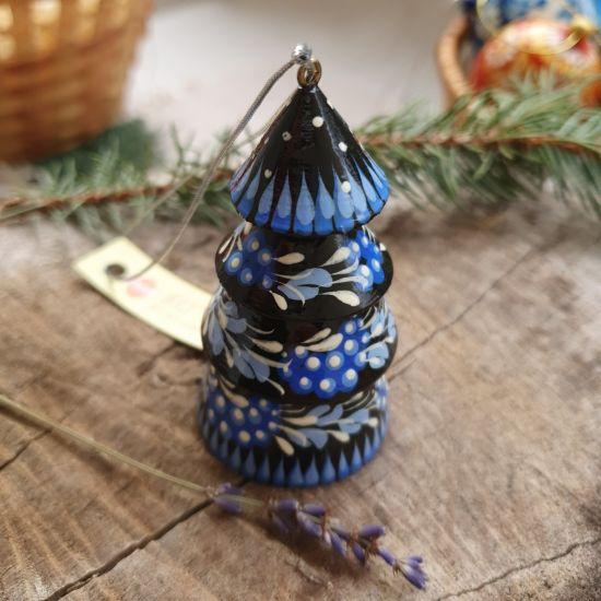 Originelles Weihnachtsglöckchen - Tannenbäumchen aus Holz - traditionelles Kunsthandwerk