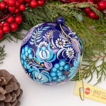 Exclusive Christmas ball, fine hand-painted according to Ukrainian tradition