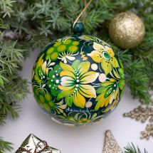 Hand painted Christmas balls made of wood