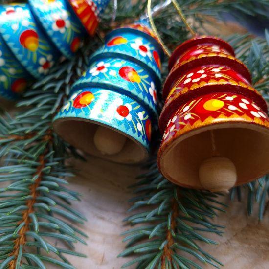 Bunter Weihnachtsbaumschmuck -Glöckchen - Tannenbäumchen aus Holz