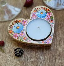 Liebesgeschenk Herz-Kerzenhalter aus Holz, traditionelles Kunsthandwerk