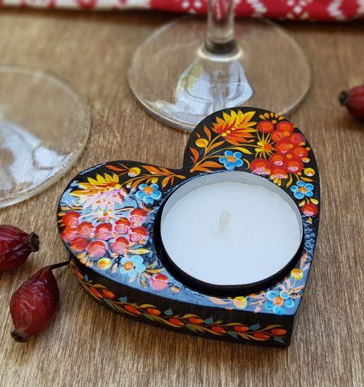 Geschenk mit Herz - Kerzenhalter aus Holz, traditionelles Kunsthandwerk