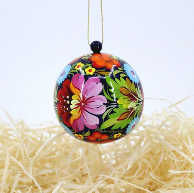 Ethnic Christmas tree ball and box for present, hand painted  (21)