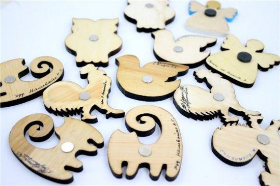 Hochwertiger Magnet aus Holz - Hahn - schöne Kühlschrankmagnete und Glücksbringer