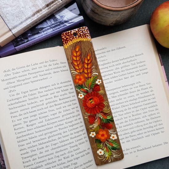 Nice wooden Bookmark, hand painted in ukrainian style