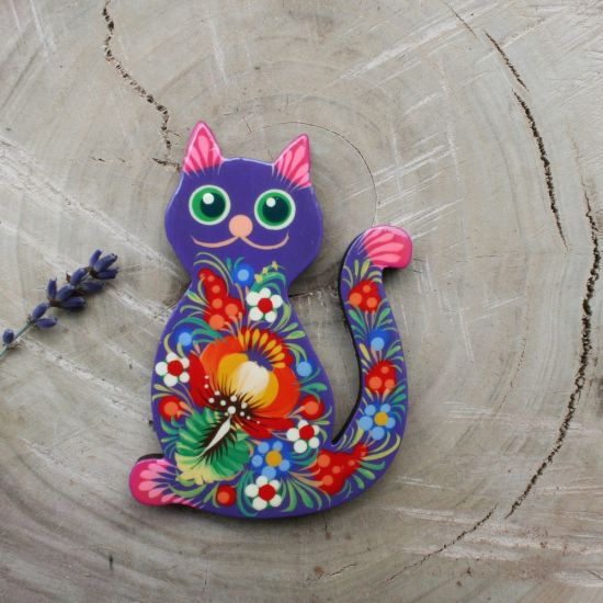 Unique refrigerator magnet Cat, creative gift for cat lovers, made of wood
