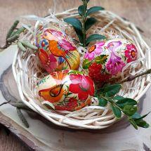 Hübsches Osterkörbchen mit handbemalten Ostereier aus Holz  3 St.