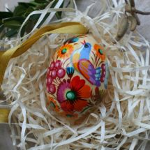 Hanging Easter wooden egg with the rooster hand painted