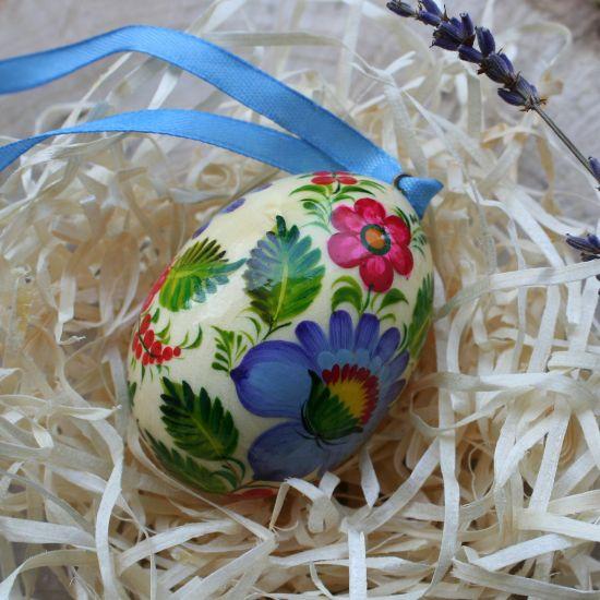Bemaltes holz Osterei zum Aufhängen, ukrainische Handarbeit