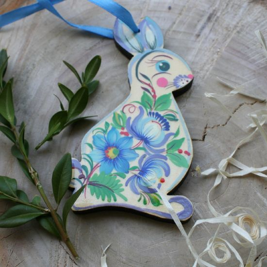Easter rabbit in blue - beautiful Easter ornaments made of wood with flower pattern