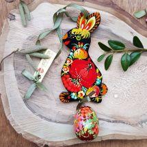 Lustiger Osterhase Deko mit dem Ei - Osteranhänger aus Holz, schwarz