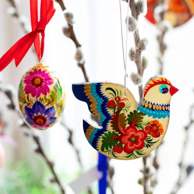 Schöner Vogel - Osterdekoration zum Aufhängen aus Holz - Petrykiwka-Malerei