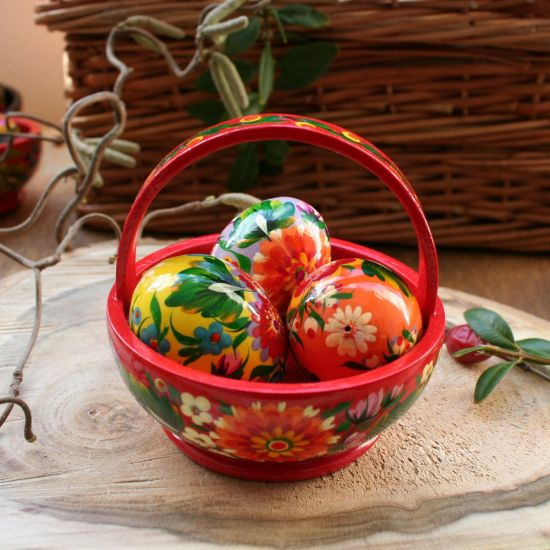 Breighte Easter basket - hand painted wooden decoration - ukrainian Pysanka
