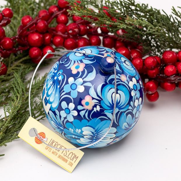 Christmas tree ball blue and white hand painted, box for present (16)